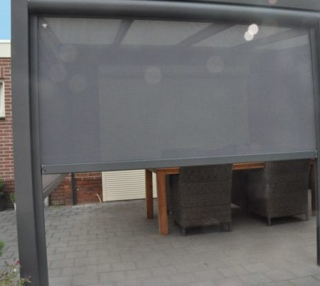 https://www.verandamakers.nl/wp-content/uploads/2020/06/verticaal-screen-zonwering-scherm-veranda.c7127d-1-e1595515943849.jpeg